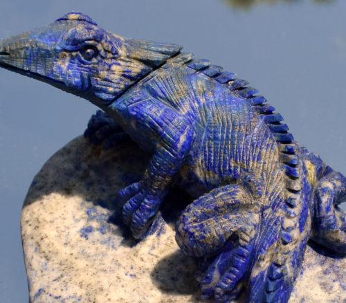 Figurki z kamieni naturalnych