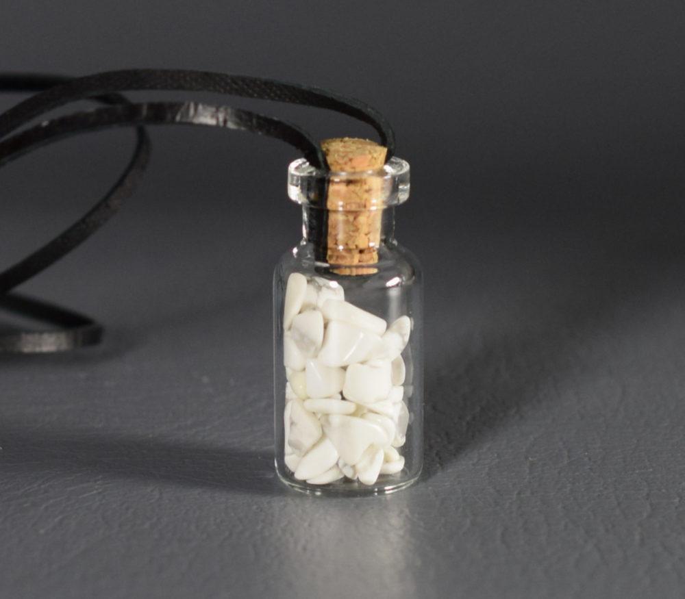 wisiorek buteleczka z magnezytem