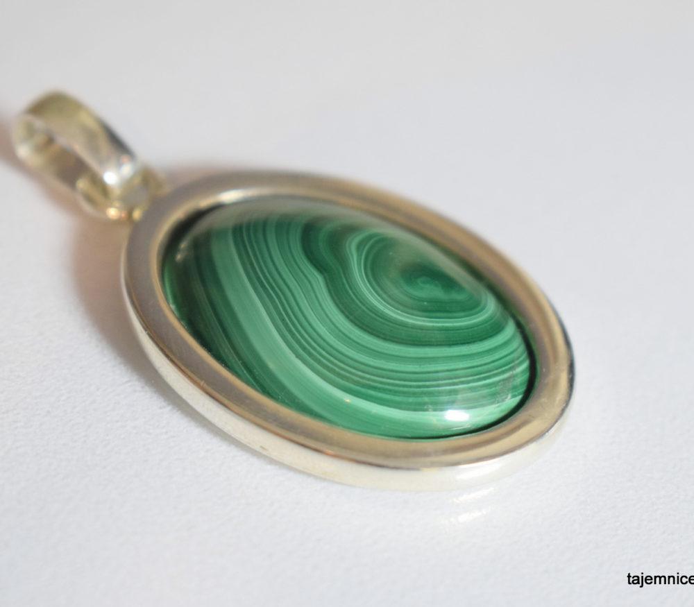 Wisior srebrny z malachitem