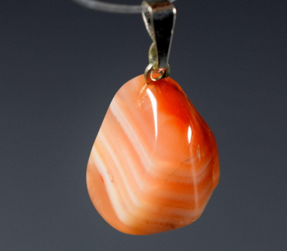 wisiorek agat kolorowy pomarańczowy
