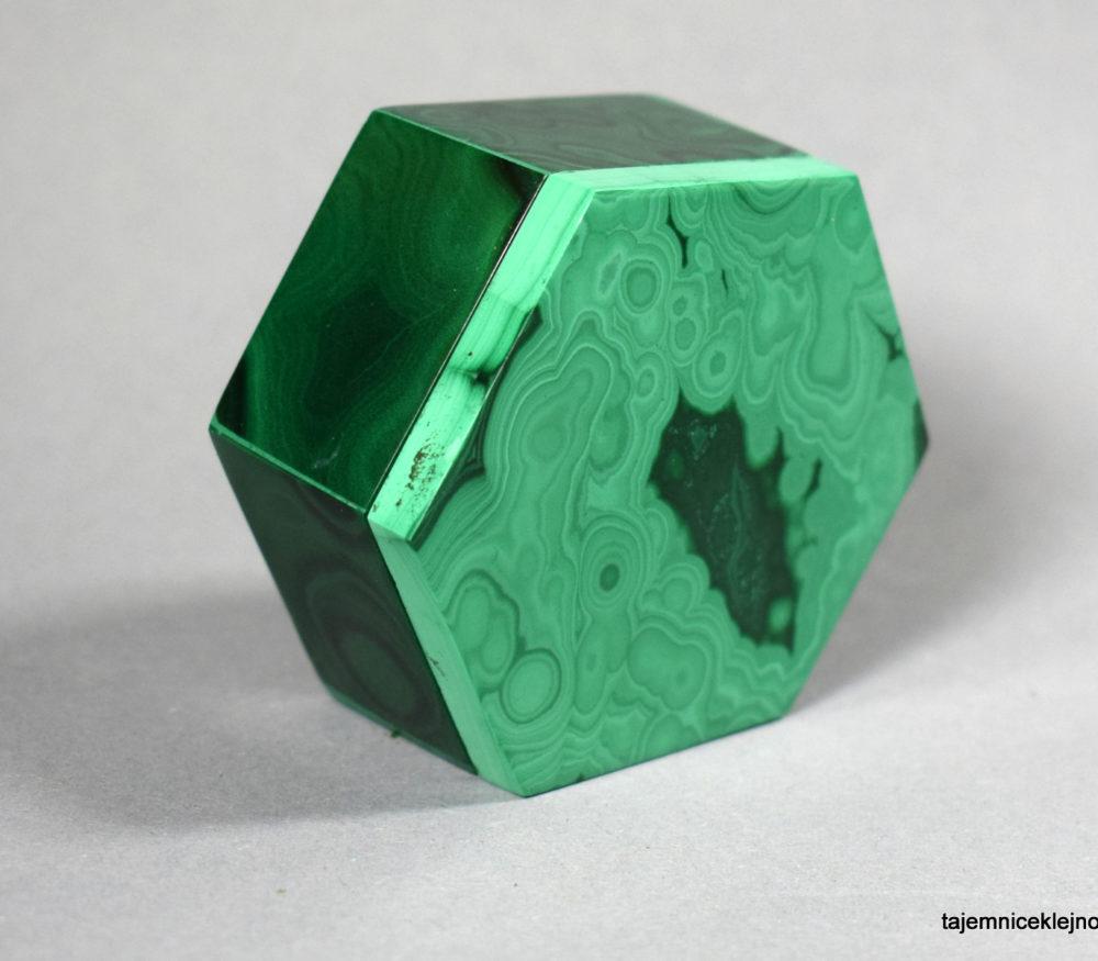 szkatułka z malachitu