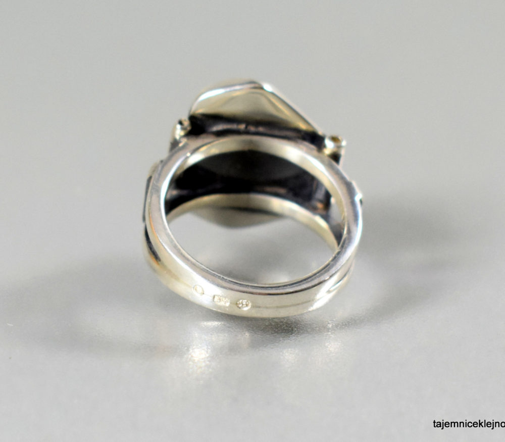 pierścionek srebrny z ametystem