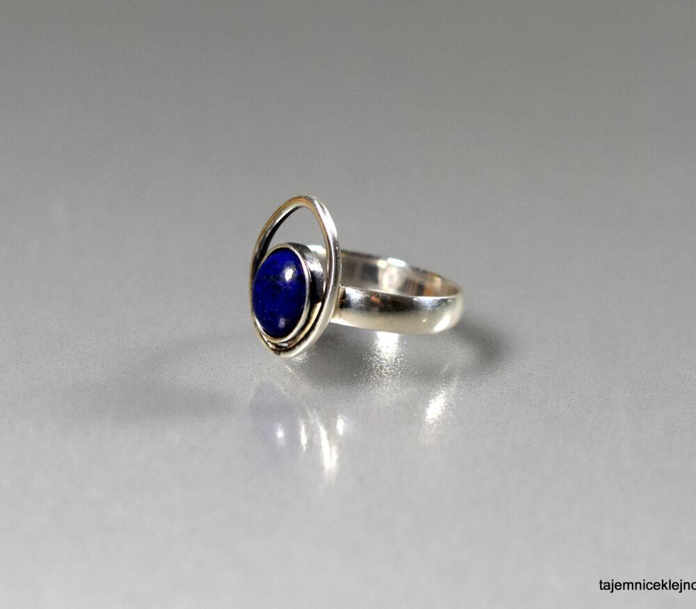 pierścionek srebrny lapis lazuli