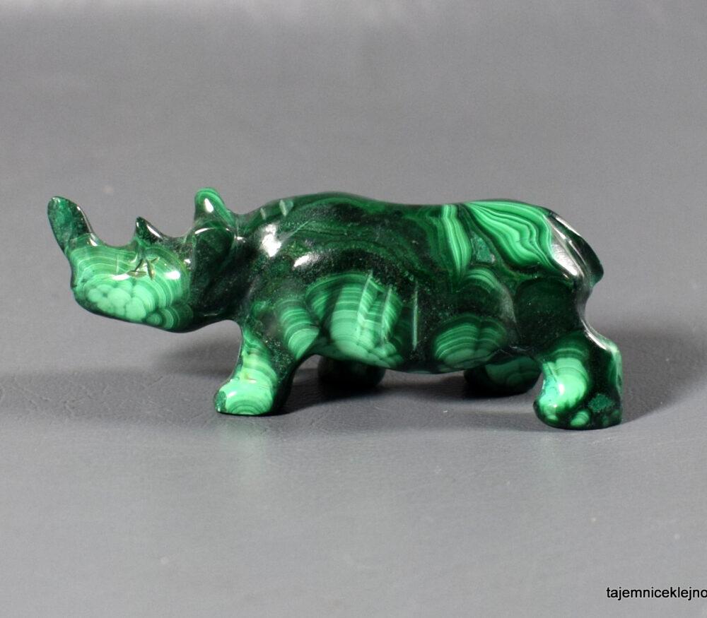 nosorożec, figurka z malachitu