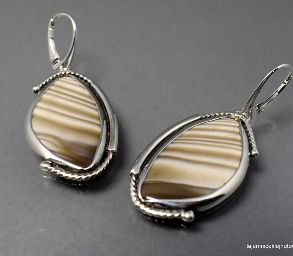 Kolczyki w srebrze z krzemieniem pasiastym ŚWIĘTOKRZYSKIE PASKI
