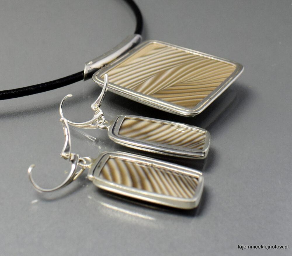 Komplet srebrny z krzemieniem pasiastym