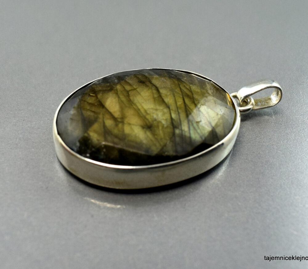 wisior srebrny z labradorytu, handmade