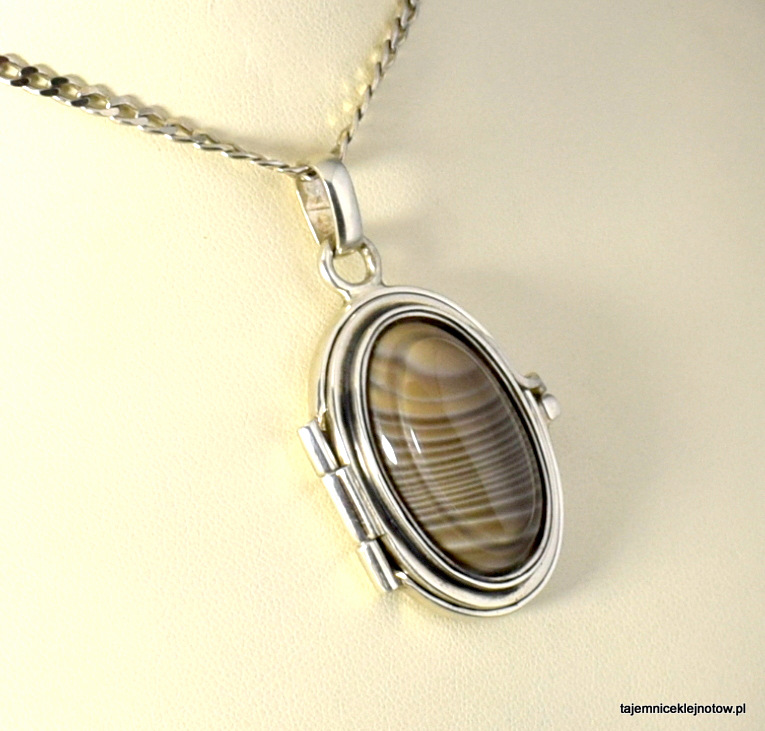 wisior sekretnik,krzemień pasiasty, biżuteria handmade, autorska