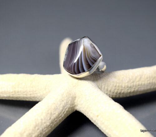 Pierścionek srebrny z agatem z Botswany